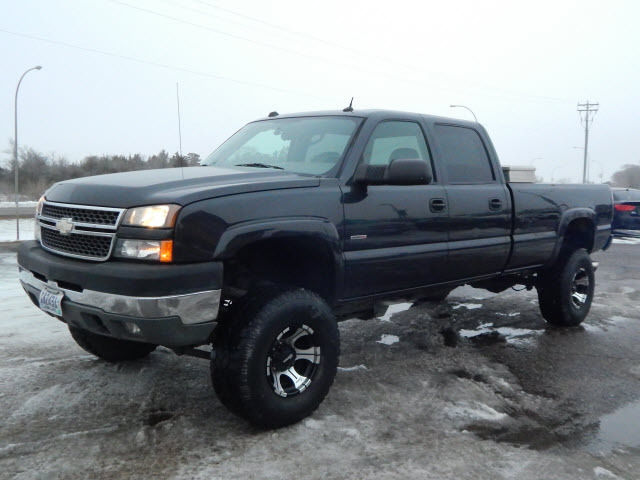 2005 Chevrolet Silverado Lt 3500 Lifted Diesel Crew Cab Long Box