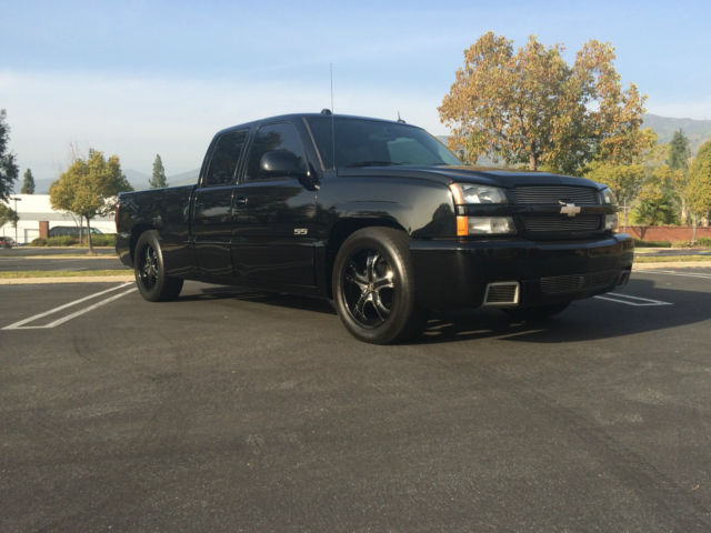 2005 chevy silverado ss 6 0 motor awd black on black. Black Bedroom Furniture Sets. Home Design Ideas