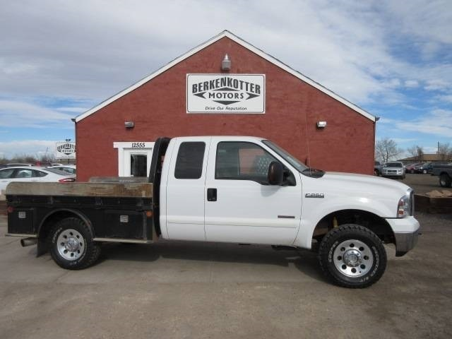 6.0 Powerstroke Problems By Year >> 2005 Ford F-250 6.0L Powerstroke 4x4 Auto C&M Flatbed only 78k!