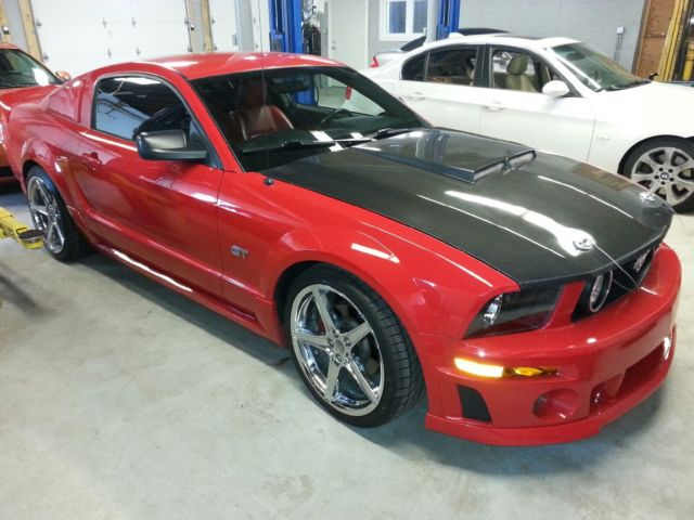 2005 ford mustang gt coupe red roush body kit. Black Bedroom Furniture Sets. Home Design Ideas