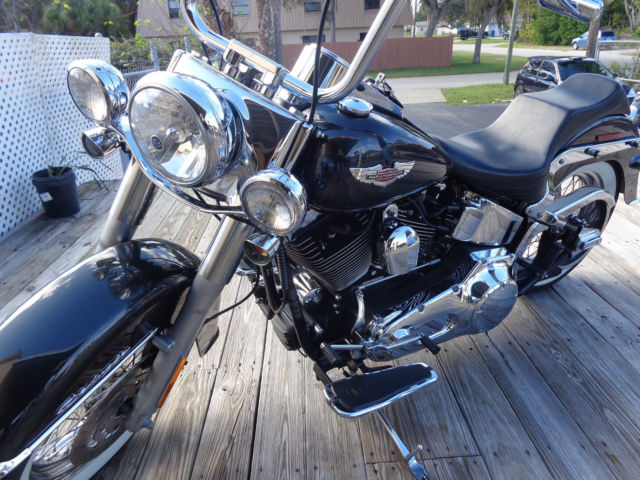 Harley Davidson Road King Horn furthermore Harley Davidson Deluxe X moreover D Front Fork Disassembly Fatboy further Harley Davidson Road King Headlight further Harley Davidson Softail Deluxe Lots Of Chrome Ape Hanger Handle Bars Flstn. on harley softail suspension