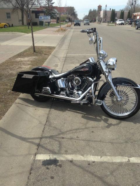 2005 Harley Heritage Softail Slammed Chromed Bagger
