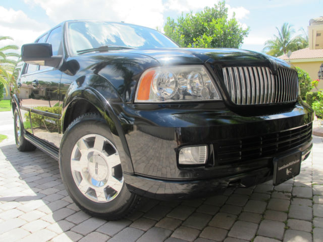 2005 lincoln navigator loaded black sunroof nav towing. Black Bedroom Furniture Sets. Home Design Ideas