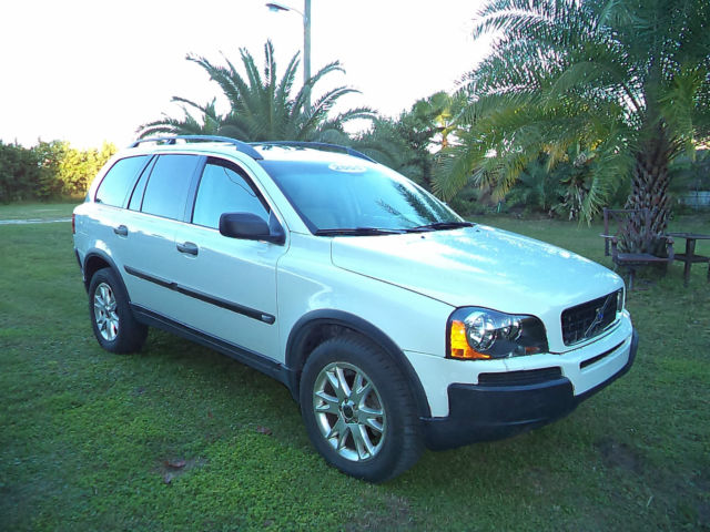 2005 volvo xc90 white 2 5l fwd automatic 79000 mile. Black Bedroom Furniture Sets. Home Design Ideas