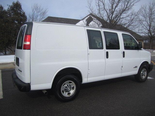 2006 chevy express 2500 duramax lbz 6 6l cargo van. Black Bedroom Furniture Sets. Home Design Ideas