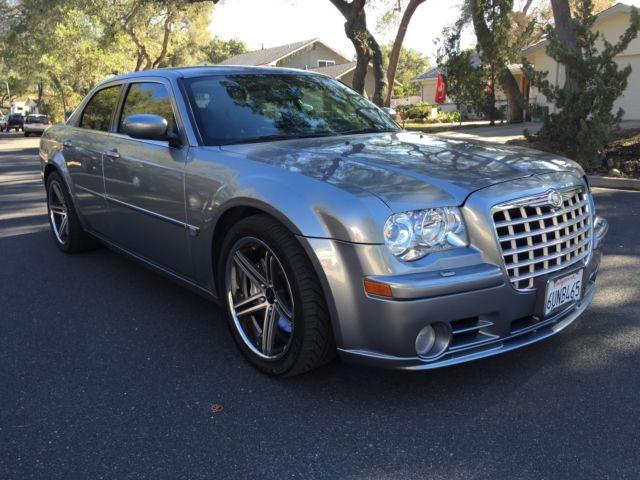 300 srt8 2006