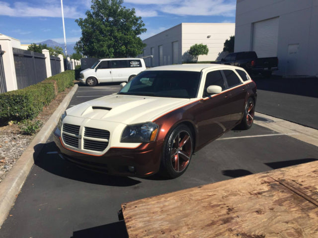 2006 Dodge Magnum R T Wagon 4 Door 5 7l Hemi Custom 2 Tone Paint