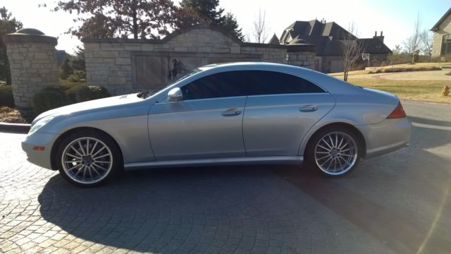 2006 mercedes cls 500 amg style 81k clean silver extras. Black Bedroom Furniture Sets. Home Design Ideas