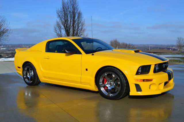 2006 roush ford mustang gt coupe stage 3 2 door 4 6l yellow w black stripe. Black Bedroom Furniture Sets. Home Design Ideas