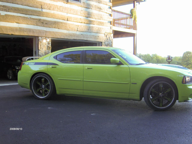 2007 green sub lime daytona dodge charger. Black Bedroom Furniture Sets. Home Design Ideas