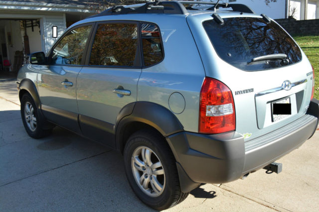 2007 hyundai tucson se suv low miles 4wd sunroof. Black Bedroom Furniture Sets. Home Design Ideas