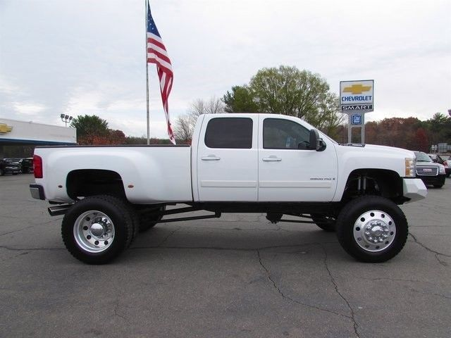 2008 chevrolet silverado 3500 4wd dually duramax low miles monster truck. Black Bedroom Furniture Sets. Home Design Ideas