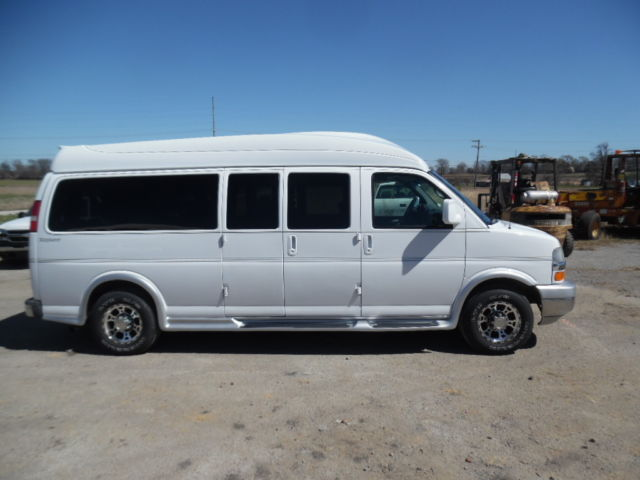2008 chevy express explorer 3500 conversion 9 passenger van. Black Bedroom Furniture Sets. Home Design Ideas