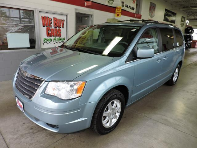 Blue Pearl Clearwater >> 2008 Chrysler Town Country 4dr Wgn Touring 82592 Miles Clearwater