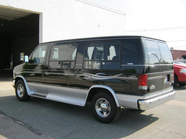 2008 Ford E Series Van