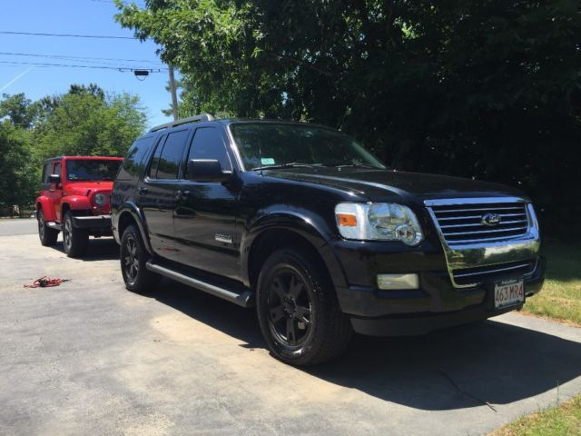 2008 ford explorer blacked out