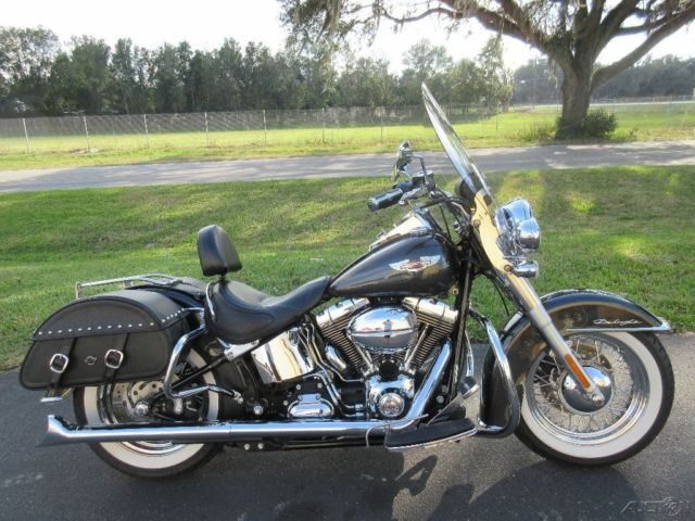 2008 Harley Davidson Deluxe True Duals Hard Bags Clean