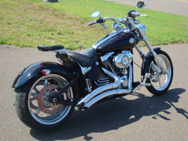2008 harley davidson rocker c black with inlaid flames one owner 13 537miles. Black Bedroom Furniture Sets. Home Design Ideas