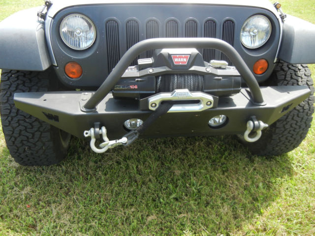 2008 Jeep Wrangler Unlimited Lifted With 35 Inch Tires And Accessories