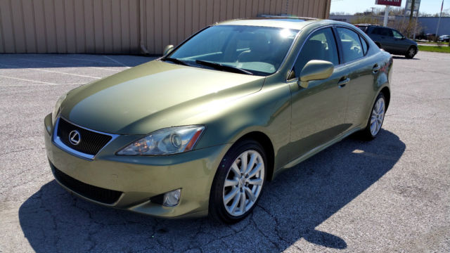 2008 lexus is250 awd nav backup camera heated seats xenons. Black Bedroom Furniture Sets. Home Design Ideas