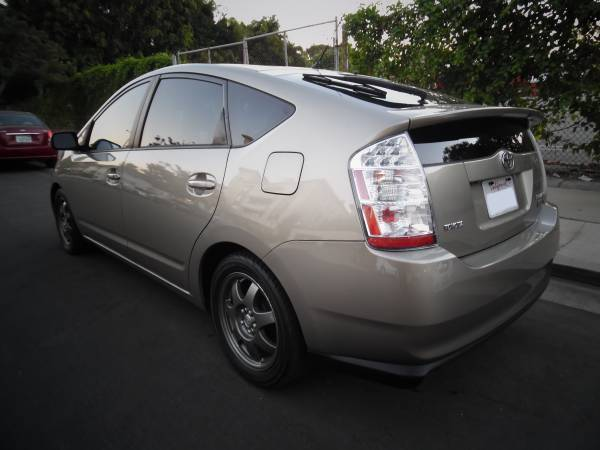 2008 toyota prius touring hatchback package 5 clean title carfax 110k miles. Black Bedroom Furniture Sets. Home Design Ideas