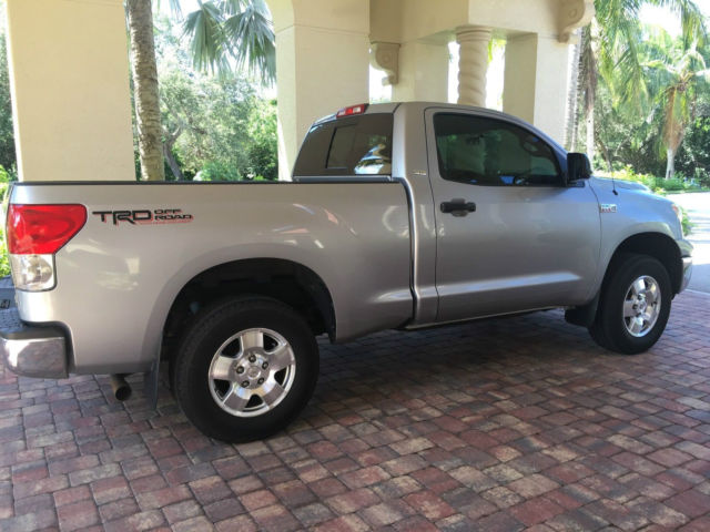 2008 toyota tundra regular cab short bed sr5 trd 4x4 off road package 5 7l. Black Bedroom Furniture Sets. Home Design Ideas
