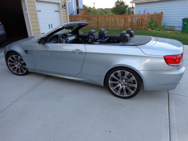 2009 BMW M3 Hardtop Convertible SMG Auto ONLY 32K MILES Newer