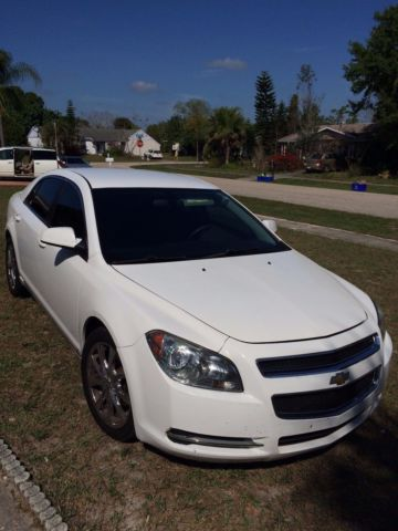 2009 Chevrolet Malibu Lt Sedan 4 Door 2 4l White On Black W 18 Chrome Rims