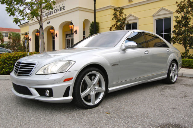2009 MERCEDES S63 AMG FLAWLESSLY MAINTAINED / DEALER SERVICED S