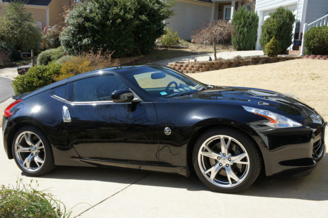 2009 nissan 370z touring coupe 2 door 3 7l w sport package - Nissan 370z touring coupe ...