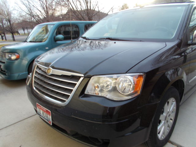 2010 chrysler town country touring plus. Black Bedroom Furniture Sets. Home Design Ideas