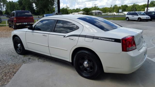 2010 dodge charger sedan 4 door 5 7l hemi police edition. Black Bedroom Furniture Sets. Home Design Ideas