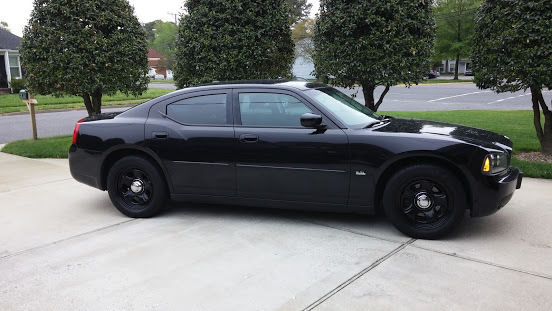 2010 Dodge Charger SXT- Black Metallic With Police Wheels