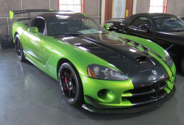 2010 Dodge Viper Srt10 Acr Snakeskin Green Special Edition