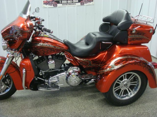 Flhtcutg Tri Glide Trike All Tricked Out Custom Paint Check Out This Ride on Wisconsin Engine Specifications