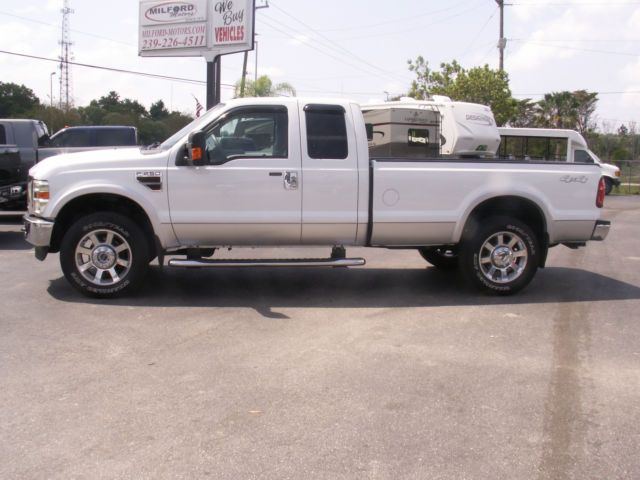 2010 Ford F-250 Super Duty Lariat Extended Cab Pickup 4 ...
