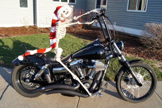 Sick Custom Dyna Wide Glide: 2010 Harley Davidson Dyna Wide Glide Custom