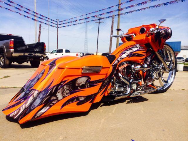 2010 harley davidson streetglide custom 32 wheel bagger show bike pro built. Black Bedroom Furniture Sets. Home Design Ideas