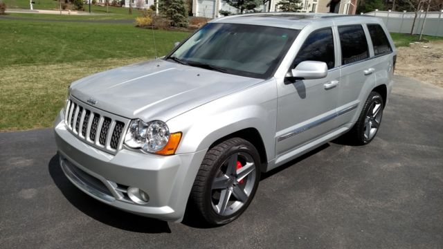 fully loaded jeep grand cherokee srt8 price autos post. Black Bedroom Furniture Sets. Home Design Ideas