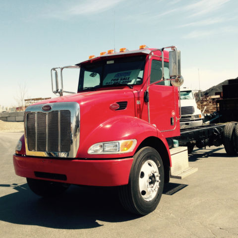 2010 PETERBILT MODEL 335 CAB/CHASSIS