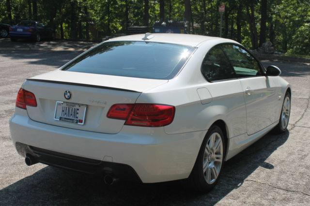 2011 bmw 335i xdrive base coupe 2 door 3 0l with m package. Black Bedroom Furniture Sets. Home Design Ideas