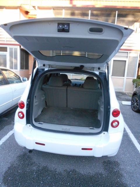 2011 Chevy Hhr Ls 63k Low Miles White W Lt Grey Interior