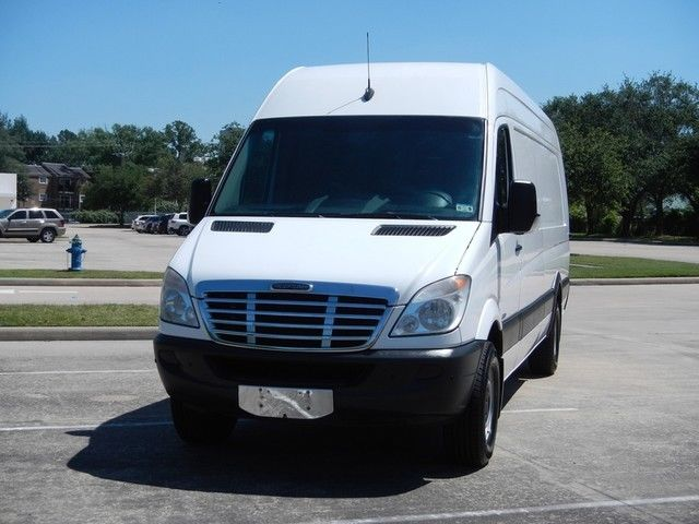 2011 freightliner mercedes sprinter 2500 170 ext high for Freightliner mercedes benz
