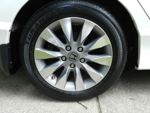 2011 Honda Civic Ex Sedan Sunroof Alloy Wheels Low