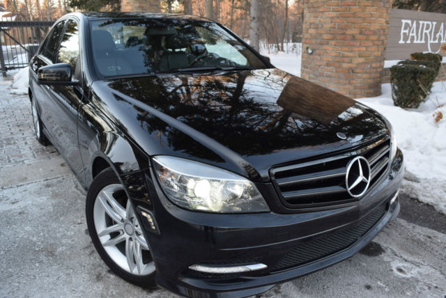 2011 Mercedes-Benz C300 4Matic sport/3 0L/Sunroof/Leather
