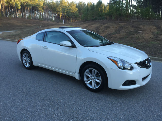 2012 nissan altima coupe 2 5 s premium package sunroof leather heated seats. Black Bedroom Furniture Sets. Home Design Ideas