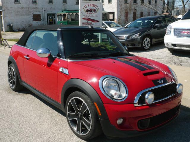 2012 red mini cooper s convertible 2 door 1 6l. Black Bedroom Furniture Sets. Home Design Ideas
