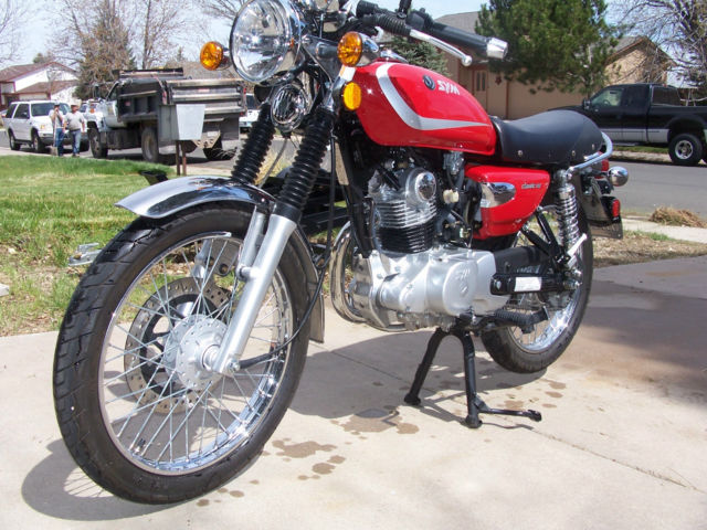 2012 sym wolf classic 150 less than 1 000 miles. Black Bedroom Furniture Sets. Home Design Ideas