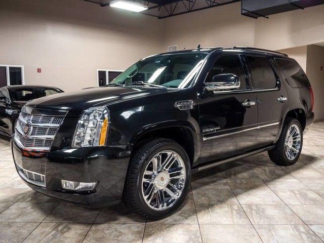 2013 Cadillac Escalade Platinum Edition Rear Entertainment ...