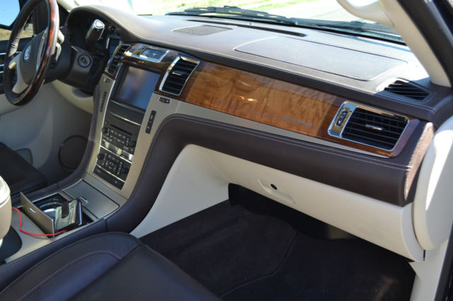 2013 cadillac escalade platinum esv black with two tone brown interior. Black Bedroom Furniture Sets. Home Design Ideas